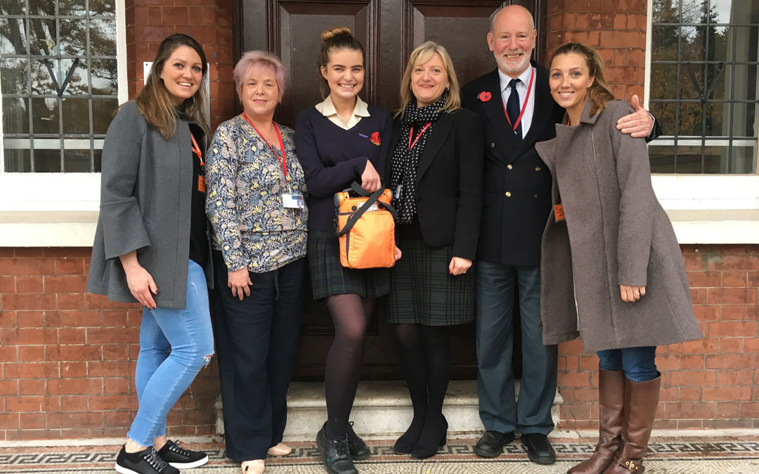Carly Heart Trust donate defibrillator to Bullers Wood!