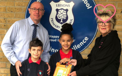 Leesons Primary School receive a defibrillator from us!