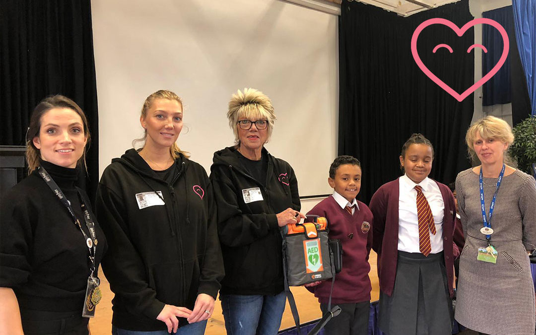 Midfield Primary School receive a defibrillator from us!